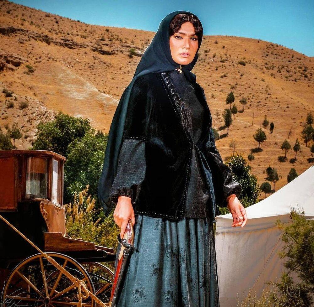 متین ستوده در نقش الناز در «آهوی من مارال»/ عکس