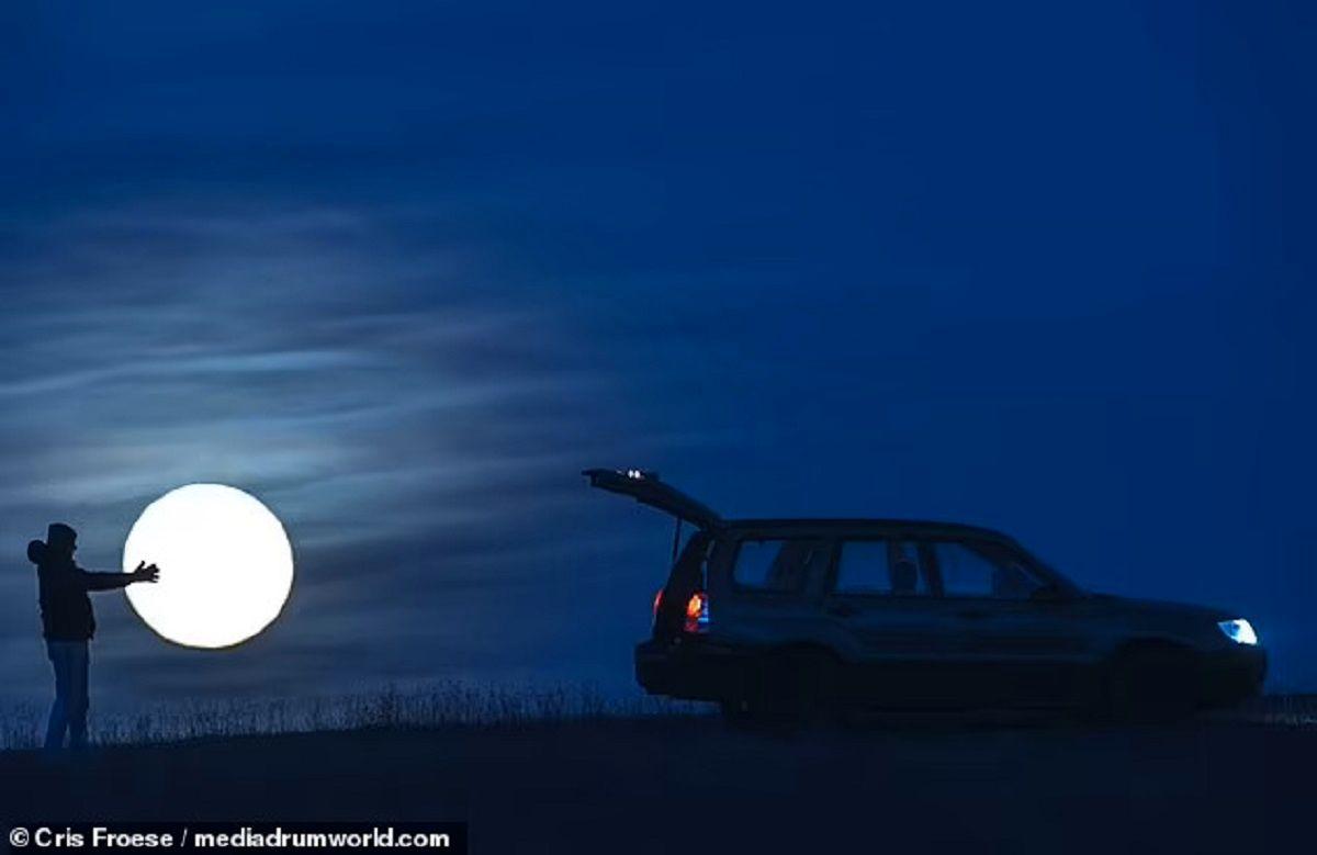 تصاویری جذاب از «دزدیدن ماه» که گرفتن آن ۲ سال طول کشیده است
