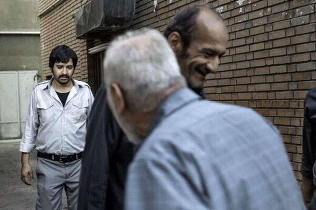 همزمانی جنایت بی دقت شهرام مکری با قهرمان اصغر فرهادی