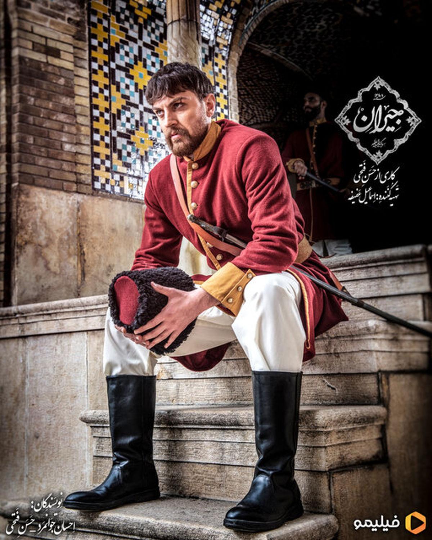 پسر حسن فتحی در سریالش بازی میکند
