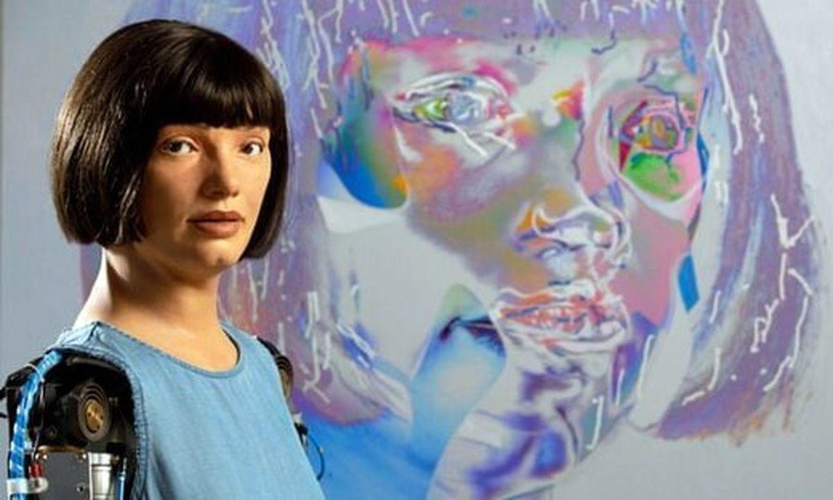 نمایشگاه از آثار ربات هنرمند!