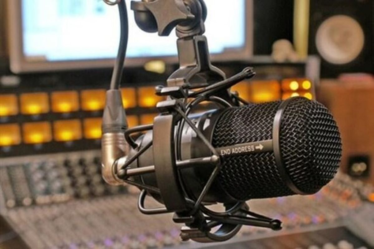 چند شبکه رادیویی درگیر تبلیغ نامزدها می شوند؟