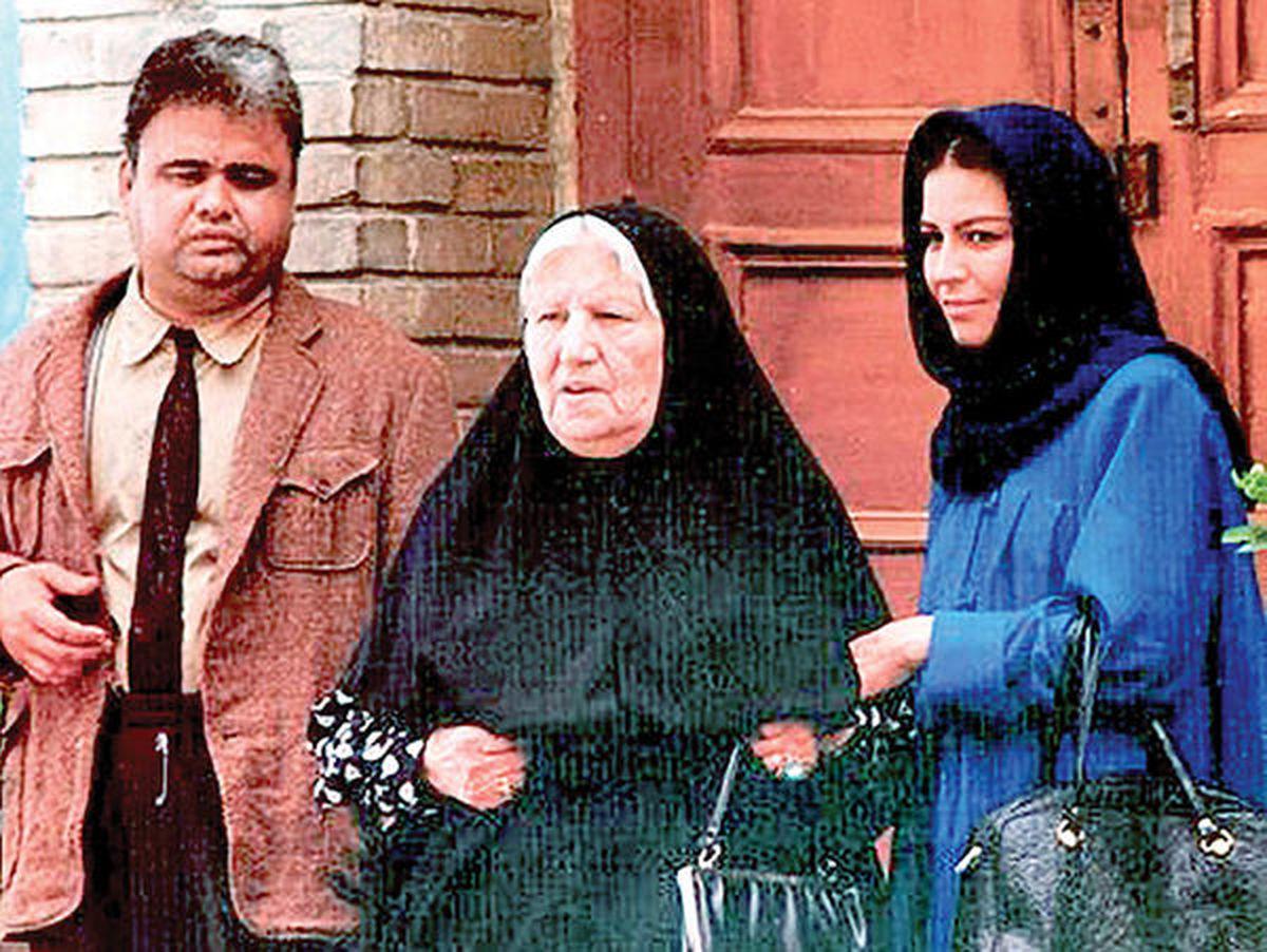 یکی از احساسی ترین سکانس های فیلم مادر علی حاتمی
