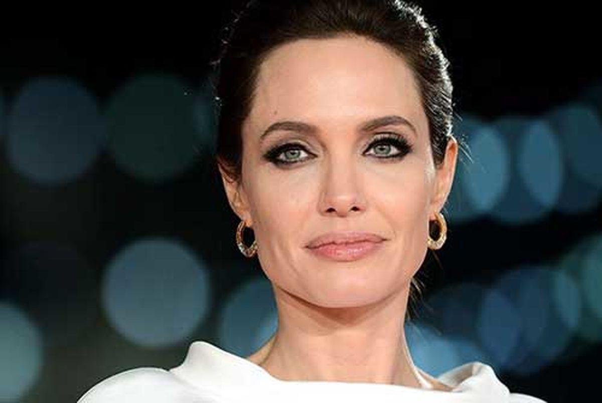 آنجلینا جولی تهیه کننده مشهور هالیوود را به تعرض متهم کرد